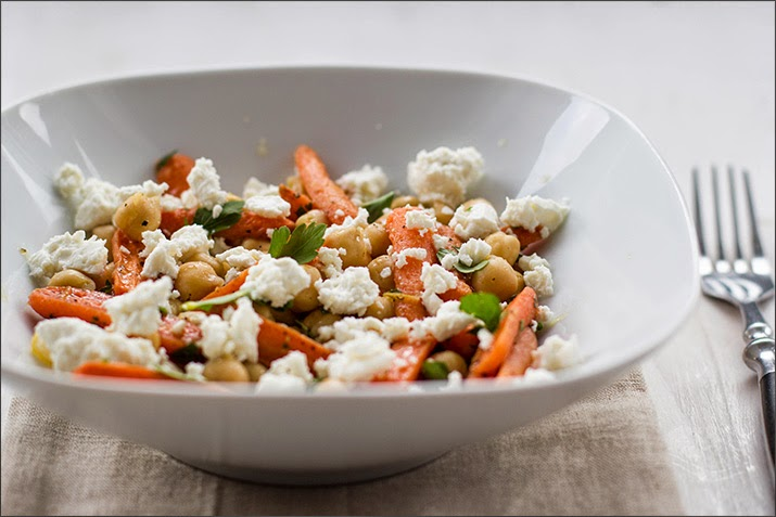 chickpea salad with baby tubes and feta